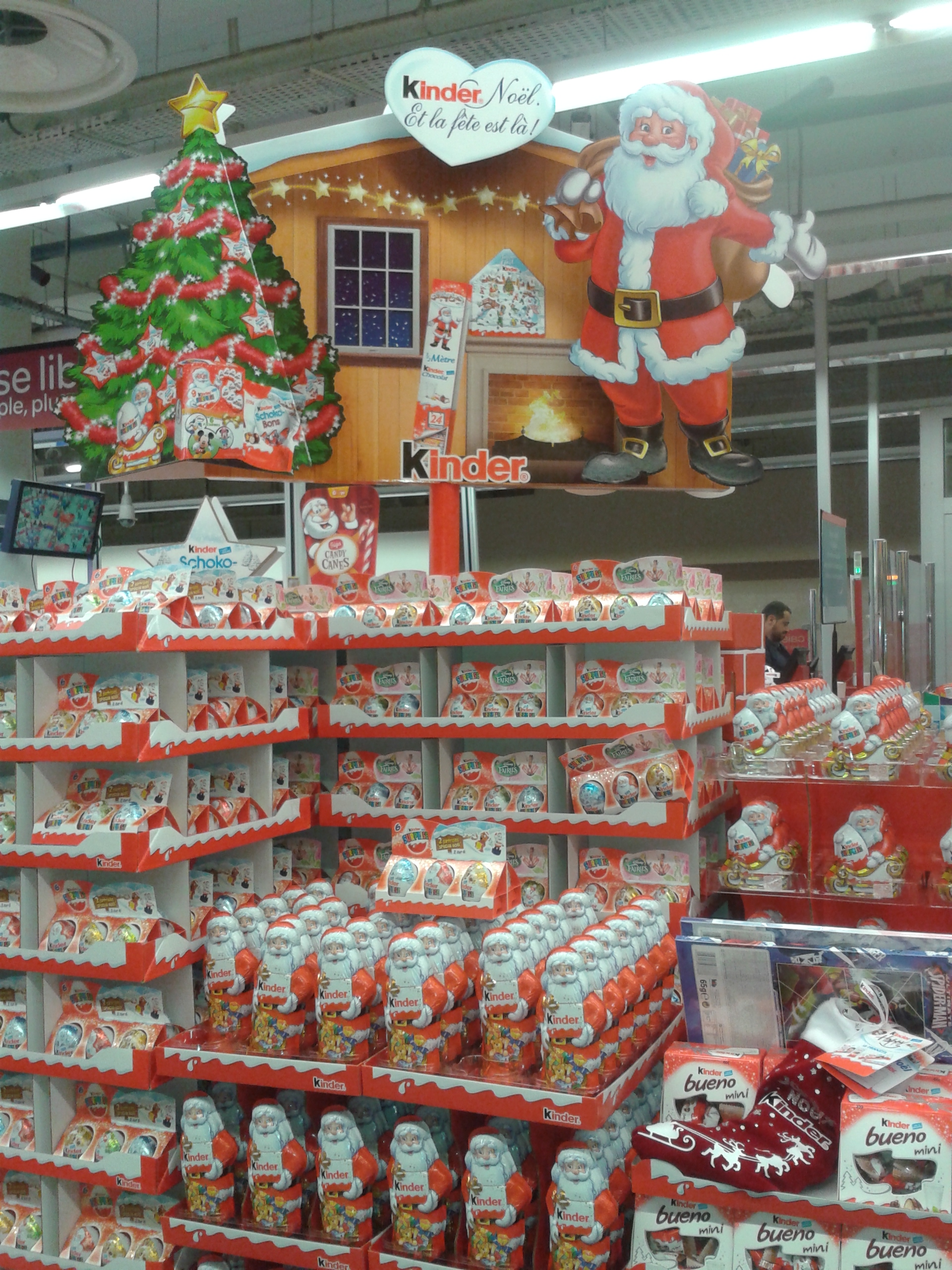 Le spectacle des chocolats de no l 18marketing - Decoration de noel carrefour ...